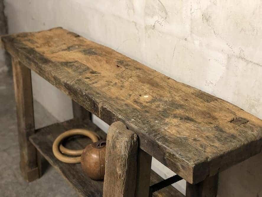 Kleine Werkbank als Sideboard