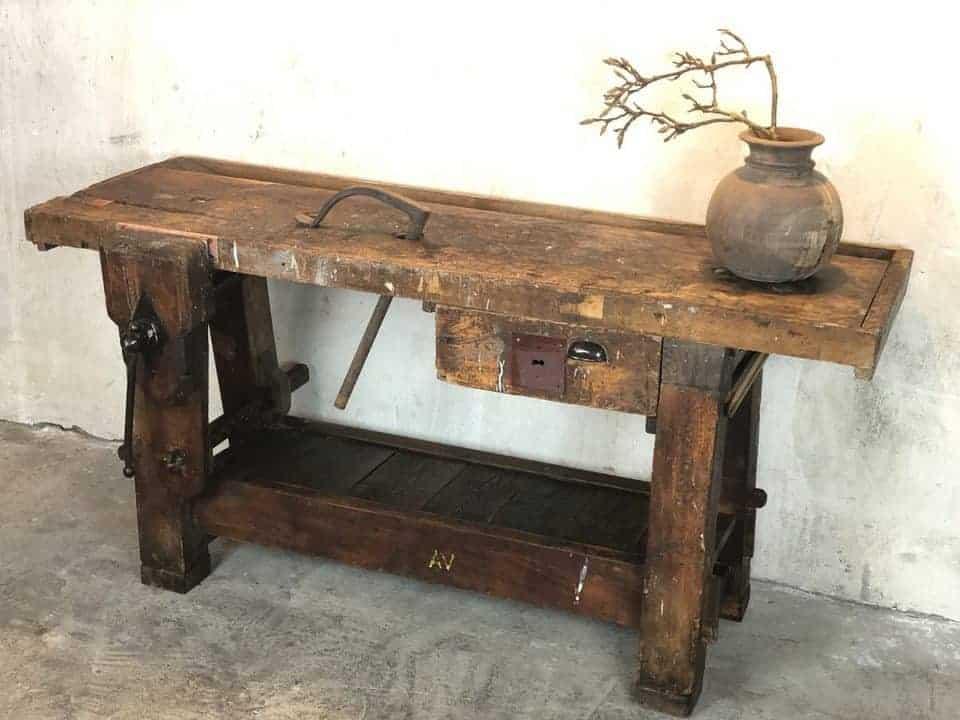 Kleine Antike Werkbank